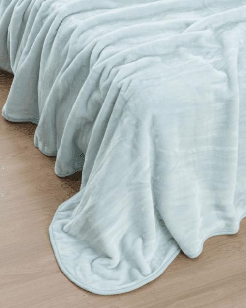 Κουβέρτα Μονόχρωμη Υπέρδιπλη πολυεστερική Κ4